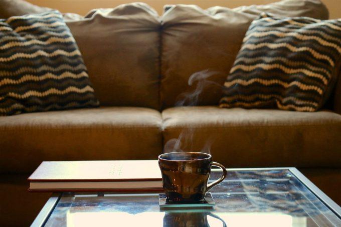 Hausmittel zur Fleckenentfernung von Kaffee